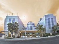 4 stars Hotel Mas Camarena <br /> located in Paterna and close to the racetrack in Cheste
